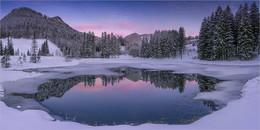Winterspiegelung / Morgens bei den Häuslteichen in Hohentauern.  Liebe Grüße an alle Fotofreunde.