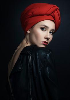 Ohne Titel / Ph: Ariadna Belkina  Md: Jacqueline Bogatyreva