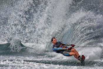 Auf Zug / Waterski Slalom